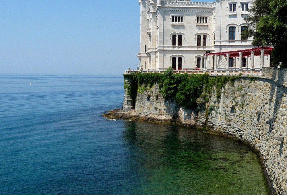 Замок МираМаре. Триест.